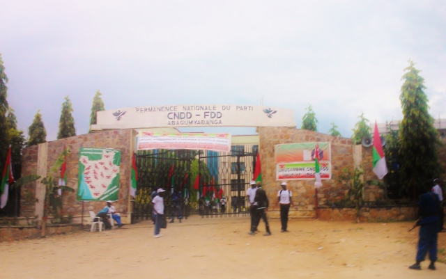 CNDD-FDD Party Headquarters, Bujumbura, 2015-04-25, picture by the author